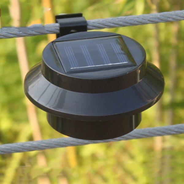 lampe solaire de gouttiere discrete
