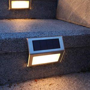 lampe solaire marche escalier extérieur