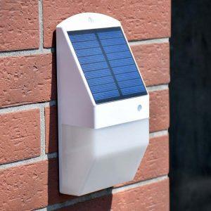 Petite applique solaire jardin
