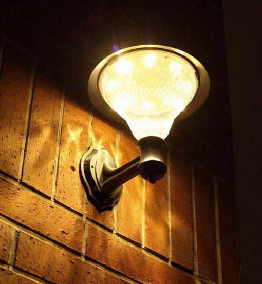 lampadaire solaire pour terrasse mural