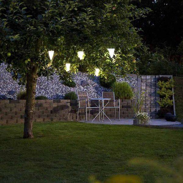 lanterne solaire pour arbre jardin