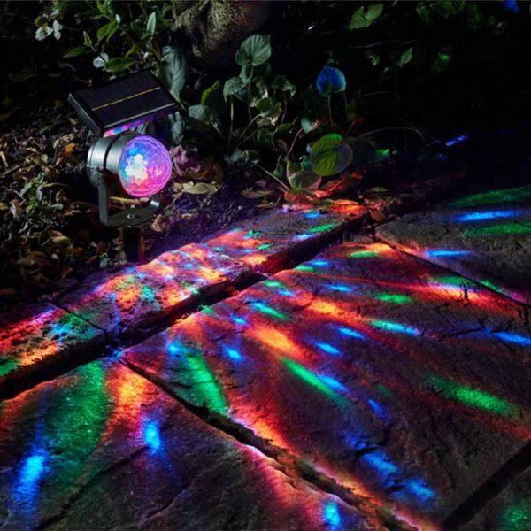 spot solaire rgb jardin