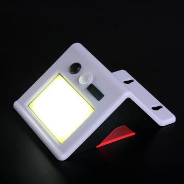 lampe exterieur avec panneau solaire puissante