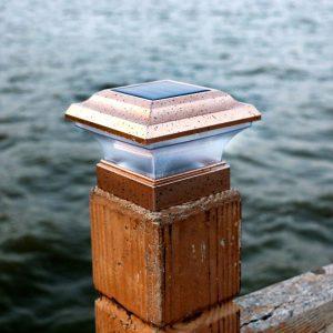 lampe solaire de pilier jardin