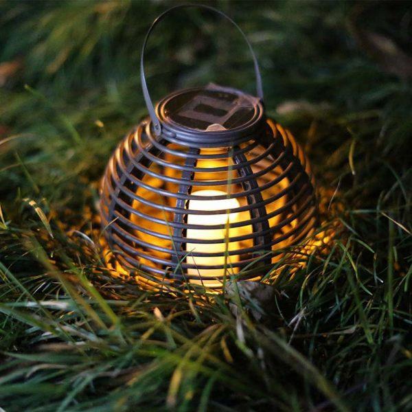 lanterne solaire rotin extérieur