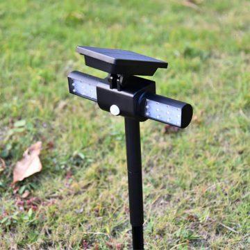spot solaire à LED avec détecteur de mouvement extérieur