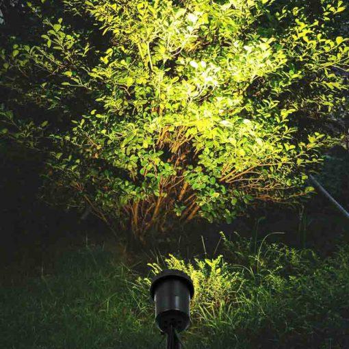 spot solaire à poser jardin