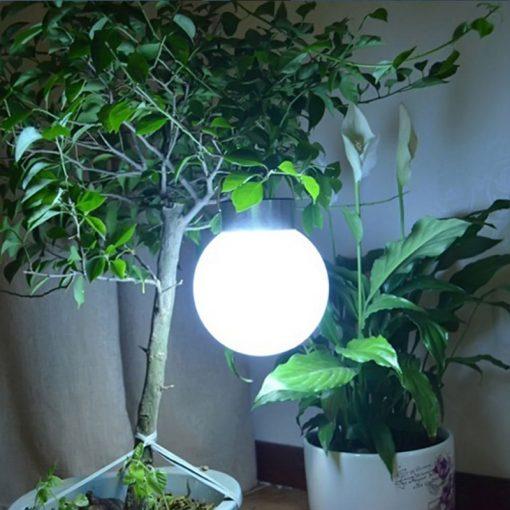 lampe solaire boule blanche jardin