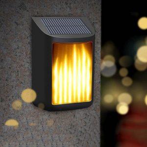 lampe solaire lumière jaune terrasse