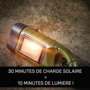 lampe torche solaire et dynamo exterieur