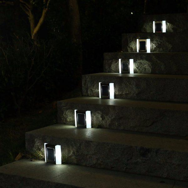 spot solaire escalier jardin