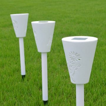 balise solaire blanche jardin