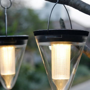 lampe solaire de jardin a suspendre puissante 1