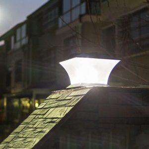 lampe solaire exterieur pour pilier de portail puissante