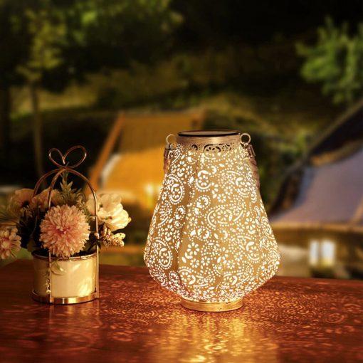 lanterne solaire blanche exterieur
