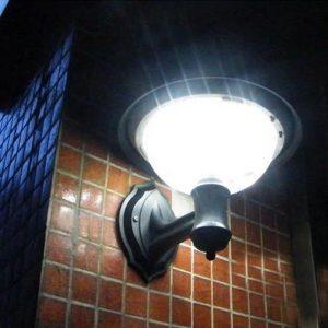 lanterne exterieure murale solaire puissante