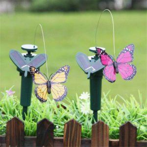 papillon solaire virevoltant exterieur