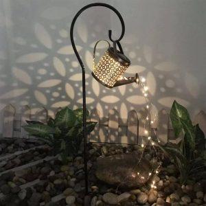 arrosoir lumineux solaire jardin