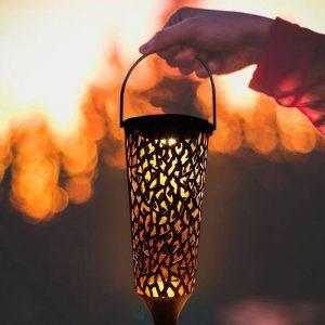 petite lanterne solaire a suspendre exterieur