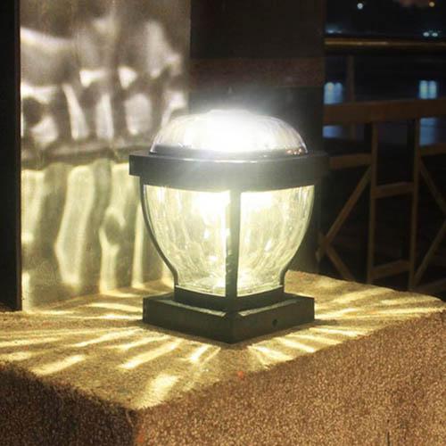 lampe solaire jardin pilier de portail 2